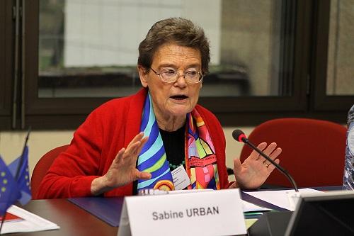Sabine URBAN - fhr fhofhr fho